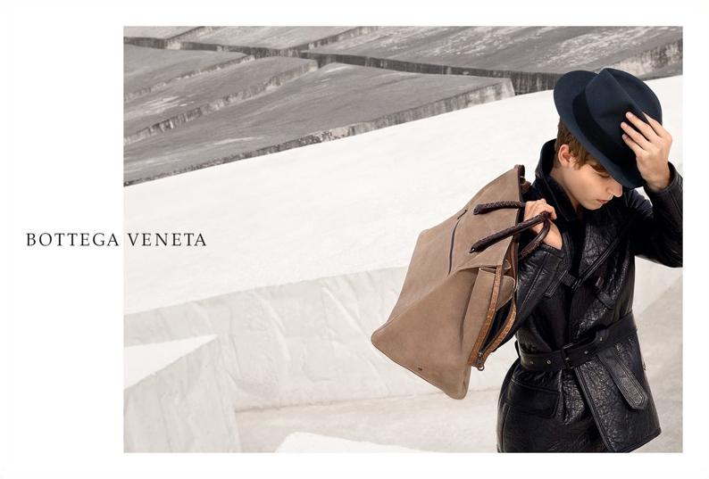 Bottega-Veneta-FW16-Campaign_2